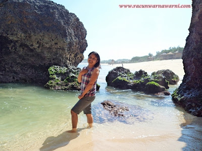 Panas Terik Pantai