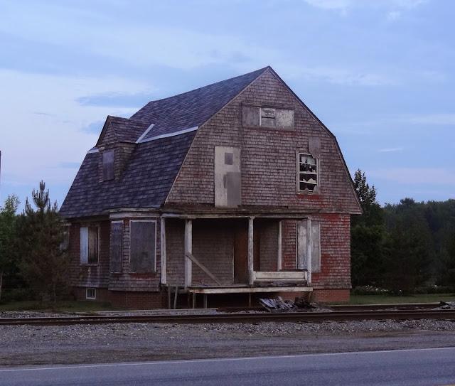 Neo-Horror Architecture