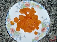 Zanahoria picada en rodajas