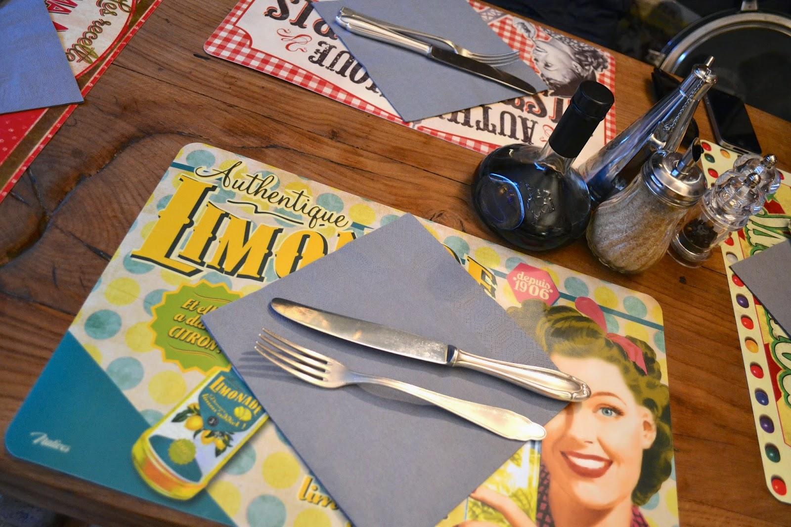 cafeteria y tienda de antigüedades l'arantèle cafe crocante, rolle, suiza