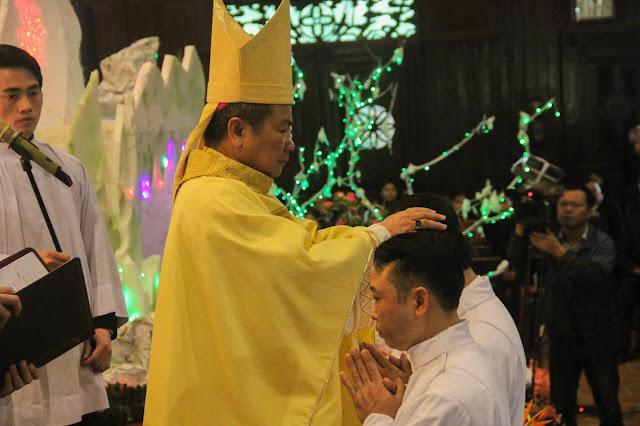 Lễ truyền chức Phó tế và Linh mục tại Giáo phận Lạng Sơn Cao Bằng 27.12.2017 - Ảnh minh hoạ 123