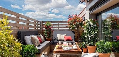 Rincones con mucho encanto blogs de decoracion - Terrazas pequenas con encanto ...
