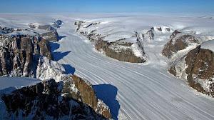 Cambio climático: Llueve en el punto más alto de Groenlandia por primera vez en 70 años