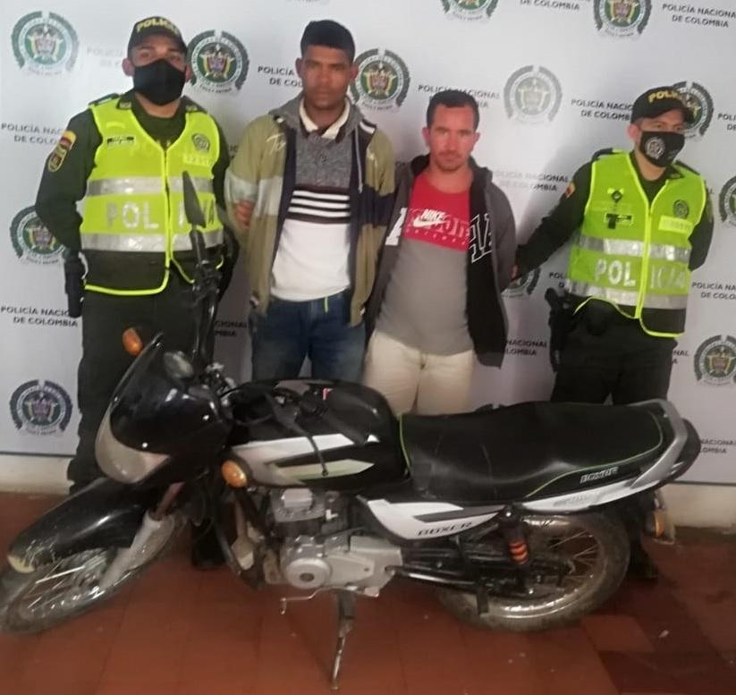 hoyennoticia.com, Robaron una moto en Ocaña y los cogieron en Rio de Oro