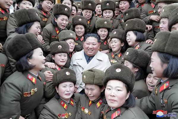 Kim Jong Un at women's company under KPA Unit 5492, November 2019