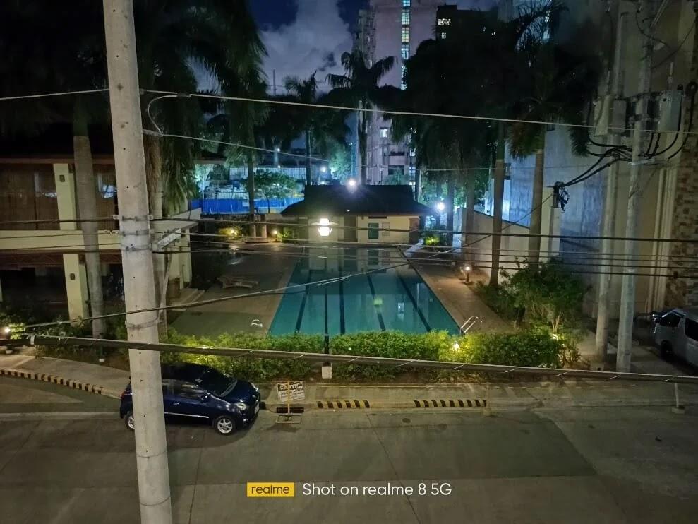 realme 8 5G Camera Sample - Night, Pool