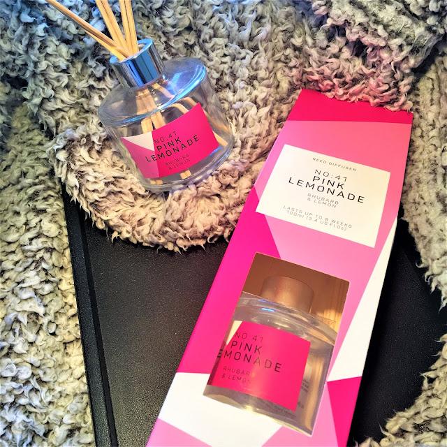 Primarks Pink Lemonade Reed Diffuser