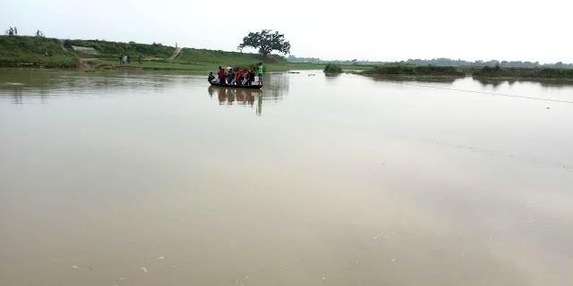 करहारा में विकास के नाम पर मिला नाव यात्रा की सौगात