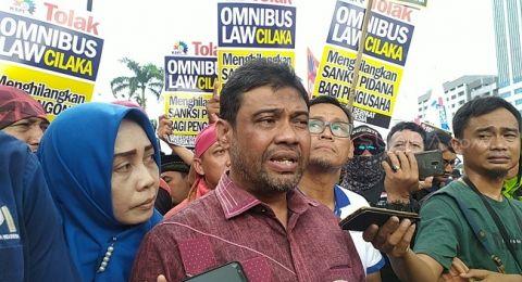 KSPI: Fraksi PKS-Demokrat Jangan Berlindung di Balik Aksi Massa, Lakukan Legislative Review!
