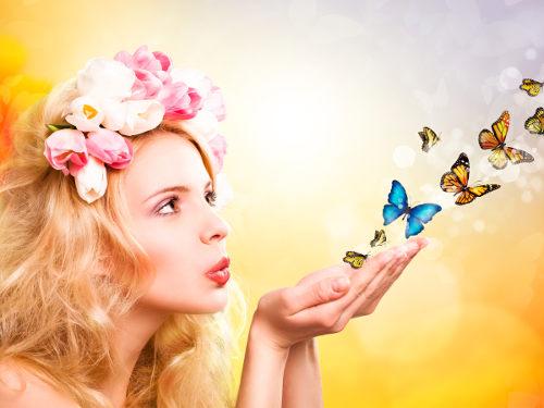 Женские заговоры на привлекательность   Эзотерика и самопознание Фото улыбка удивительное счастье свеча омоложение Исцеление Заговоры женщины