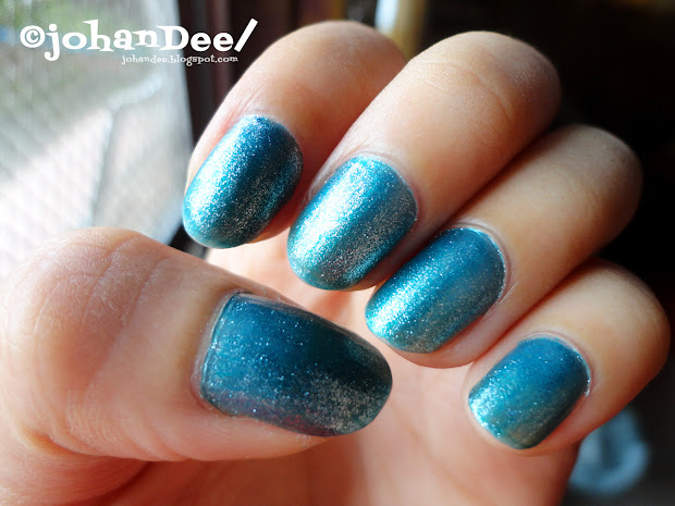 nail color of week ice blue