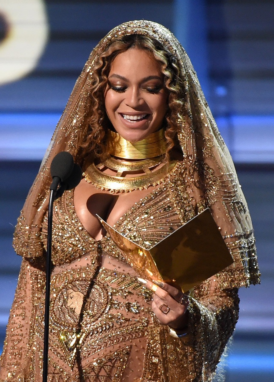 Beyonce - 2017 Grammy Awards