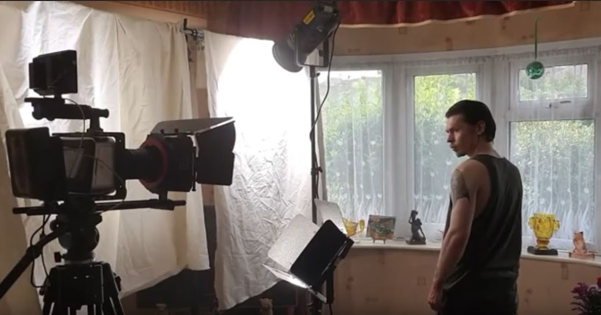 """How To Use The """"Cove"""" Light For Natural Looking Cinematic Lighting"""