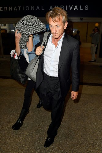 the fresh amorous couple Charlize Theron and Sean Penn prevail