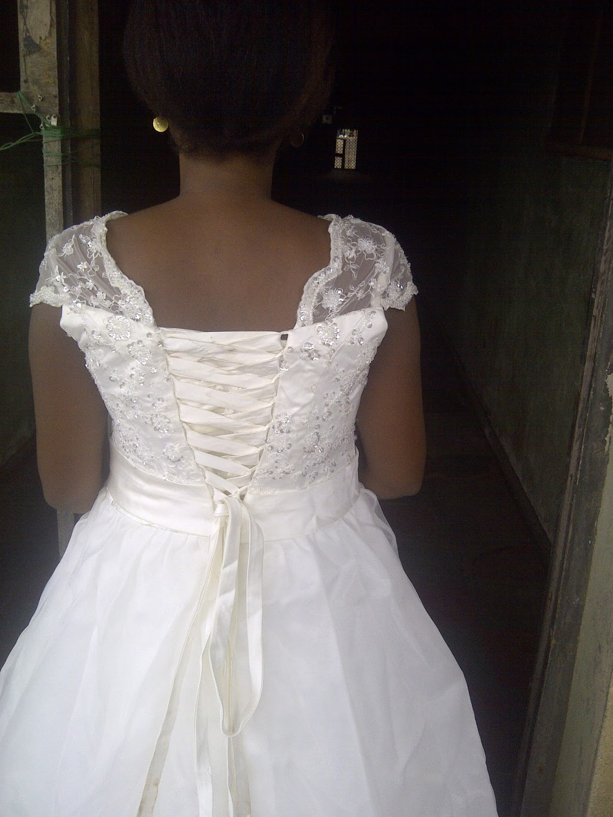 She Is Selling Her Wedding For 70k But Its Negotiable Size 10 To 12 And Lagos Based Only Interested Person Should Contact On 07069716796