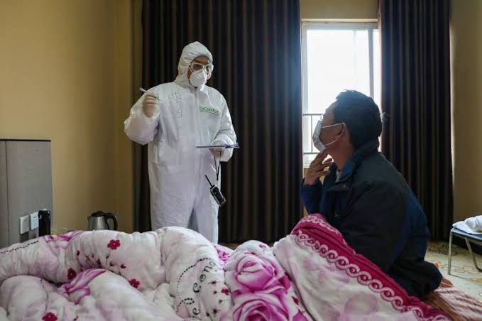 Polisi Gerebek Pabrik Masker yang Tunggangi Corona