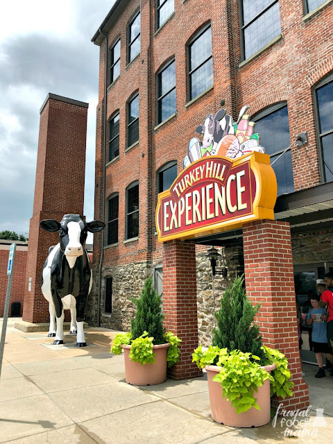 Located in Pennsylvania Dutch country & less than a 40 minute drive from Hershey, the Turkey Hill Experience in Columbia is a must-do if you & your family happen to be ice cream lovers.