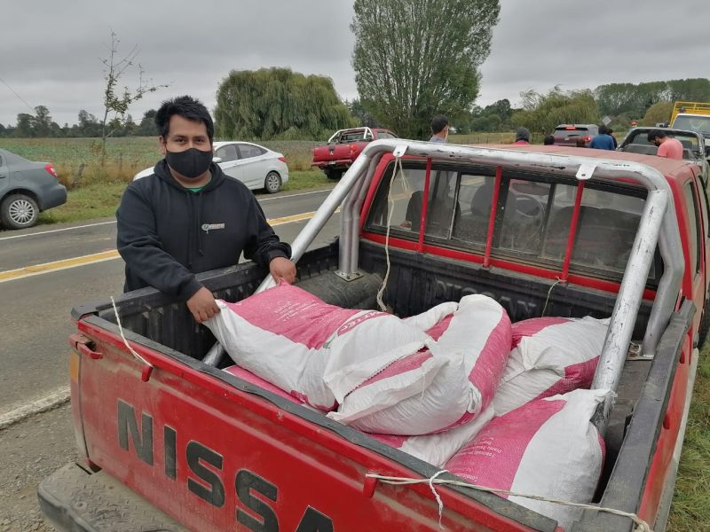 Entregan ayuda a familias rurales de Osorno