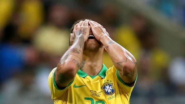 Brasil fica no empate com a Venezuela na Fonte Nova, em Salvador