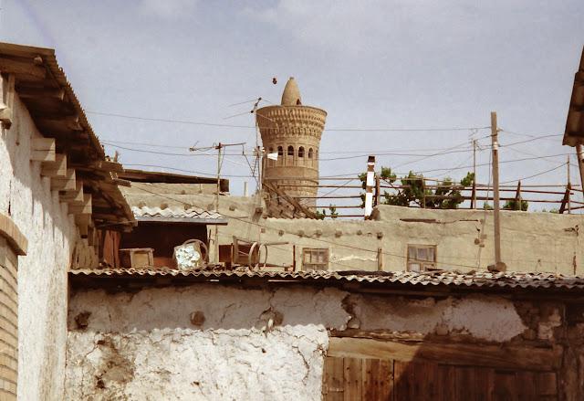 Ouzbékistan, Boukhara, minaret Kaylan, © L. Gigout, 2002