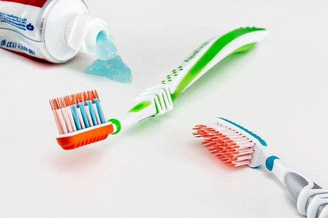 اغسل أسنانك بعد كل وجبة