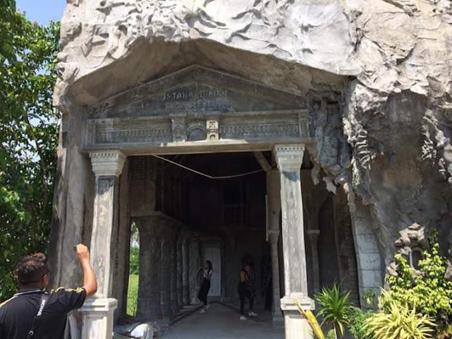 image of istana bunian