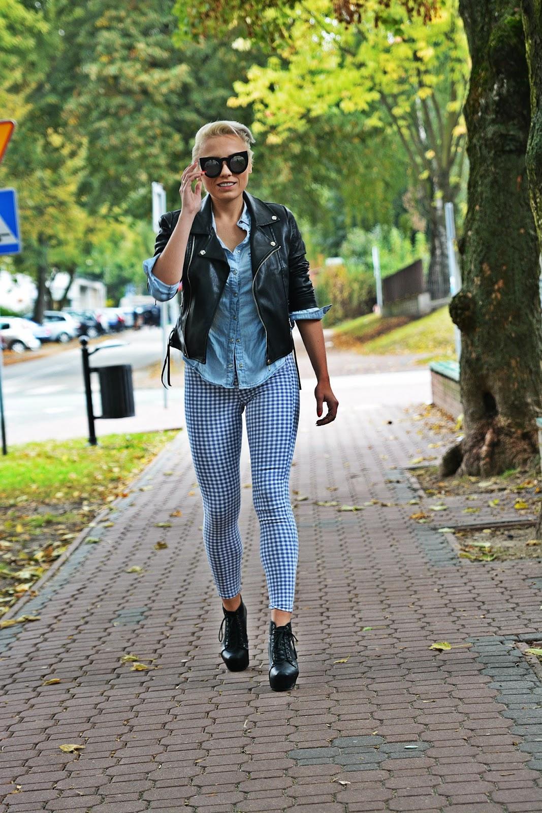 niebieskie_spodnie_ramoneska_czarna_kocie_okulary_15