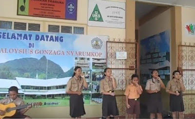 "Video ""Pasti ke Singkawang"" Latihan Vocal Group SMP ALGO Singkawang (Persiapan Lomba)"
