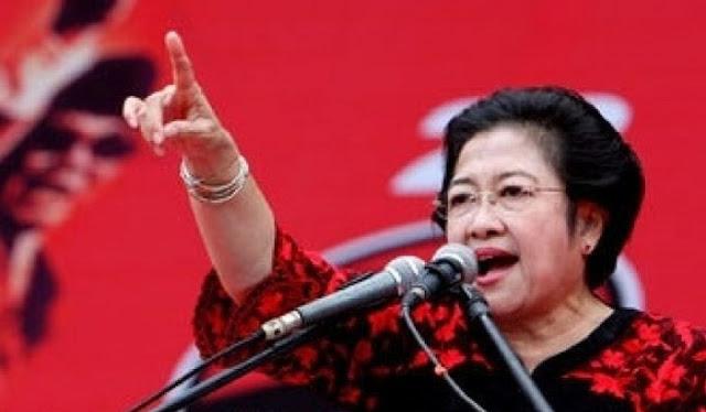 Megawati: Pergi dari Indonesia Jika Ingin Ganti Pancasila, Netizen: Kapan Bu Mega Pergi? Gue Siap Nyumbang Tiket