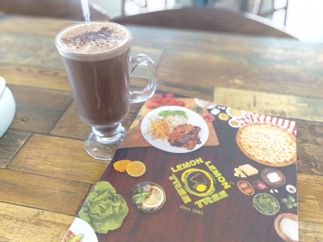 hazelnut hot chocolate restoran lemon tree johor bahru