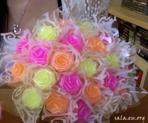 Making Roses From Unique Plastic Straws