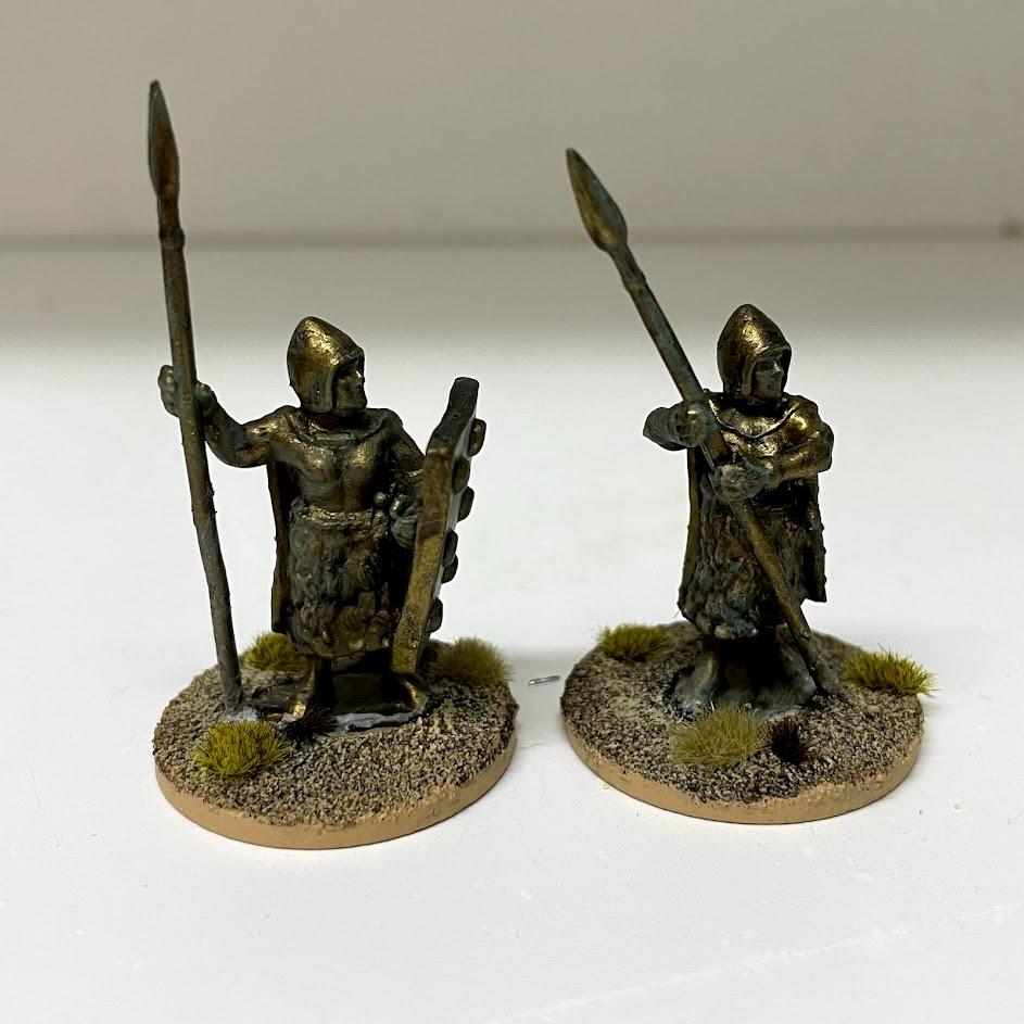 2 bronze statue scenic pieces