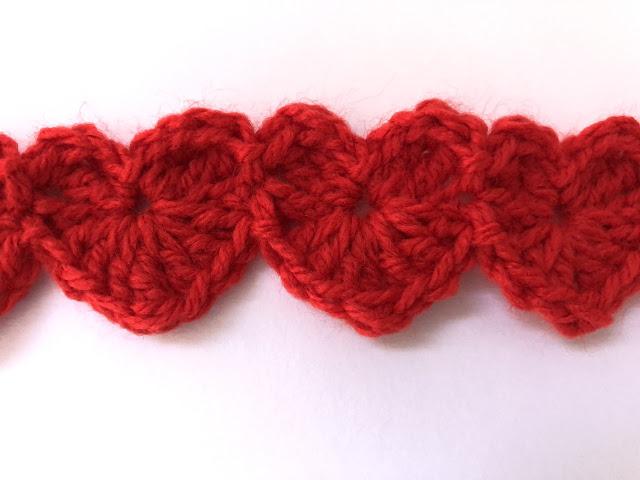 Häkelanleitung für eine Herz-Bordüre von Ars Vera