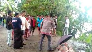 Tersambar Petir, Seorang Lelaki Meninggal Dunia, Warganet: Korban Adalah Guru di Pulau Temiang