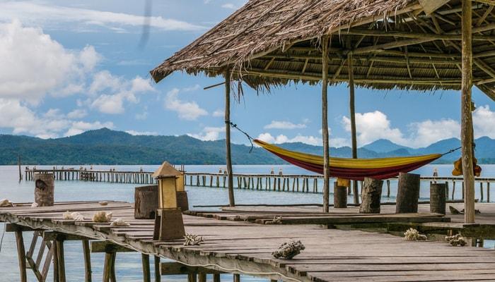 Wisata Vila Terapung di Indonesia