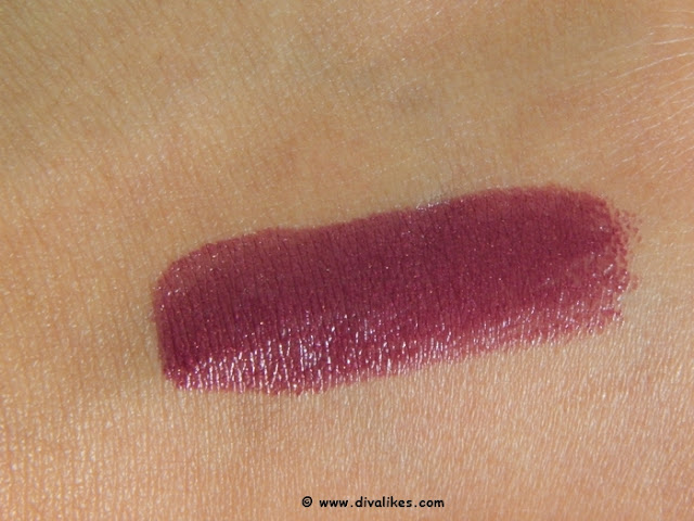L'Oreal Paris Color Riche Gold Obsession Lipstick Plum Gold Swatch