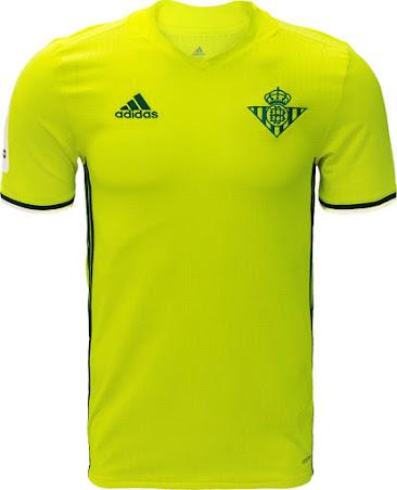 Camisetas Real Betis 16-17 Camisetas Real Betis 16-17. Las 3 rayas de  adidas en los costados ... a9d00e80bb602