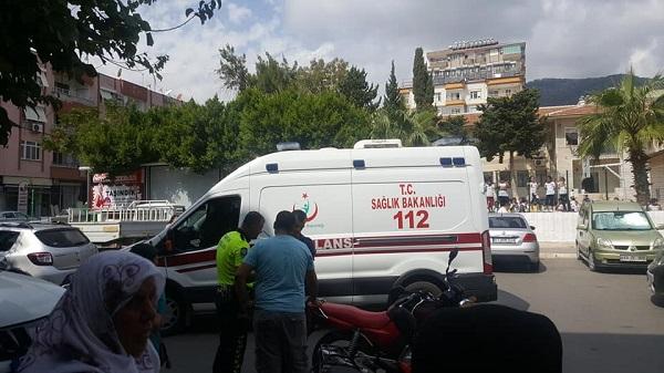 Anamur Kıbrıs İlkokulu önü trafik kazası