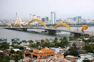 Capturing the Fabulous Beauty of Dragon Bridge in Da Nang