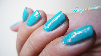 Flakes Glitter On Turquoise Polish