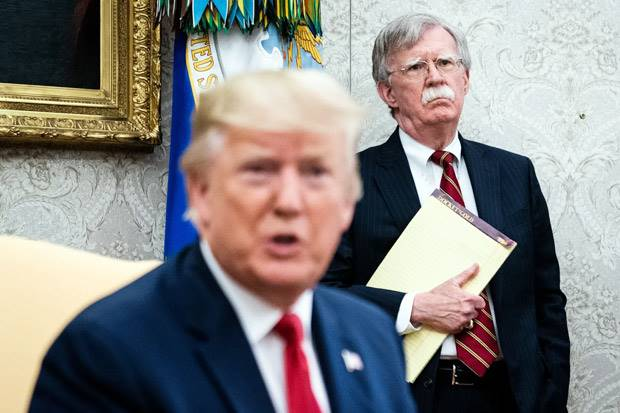 Trump Resmi Pecat Penasihat Keamanan Nasional John Bolton