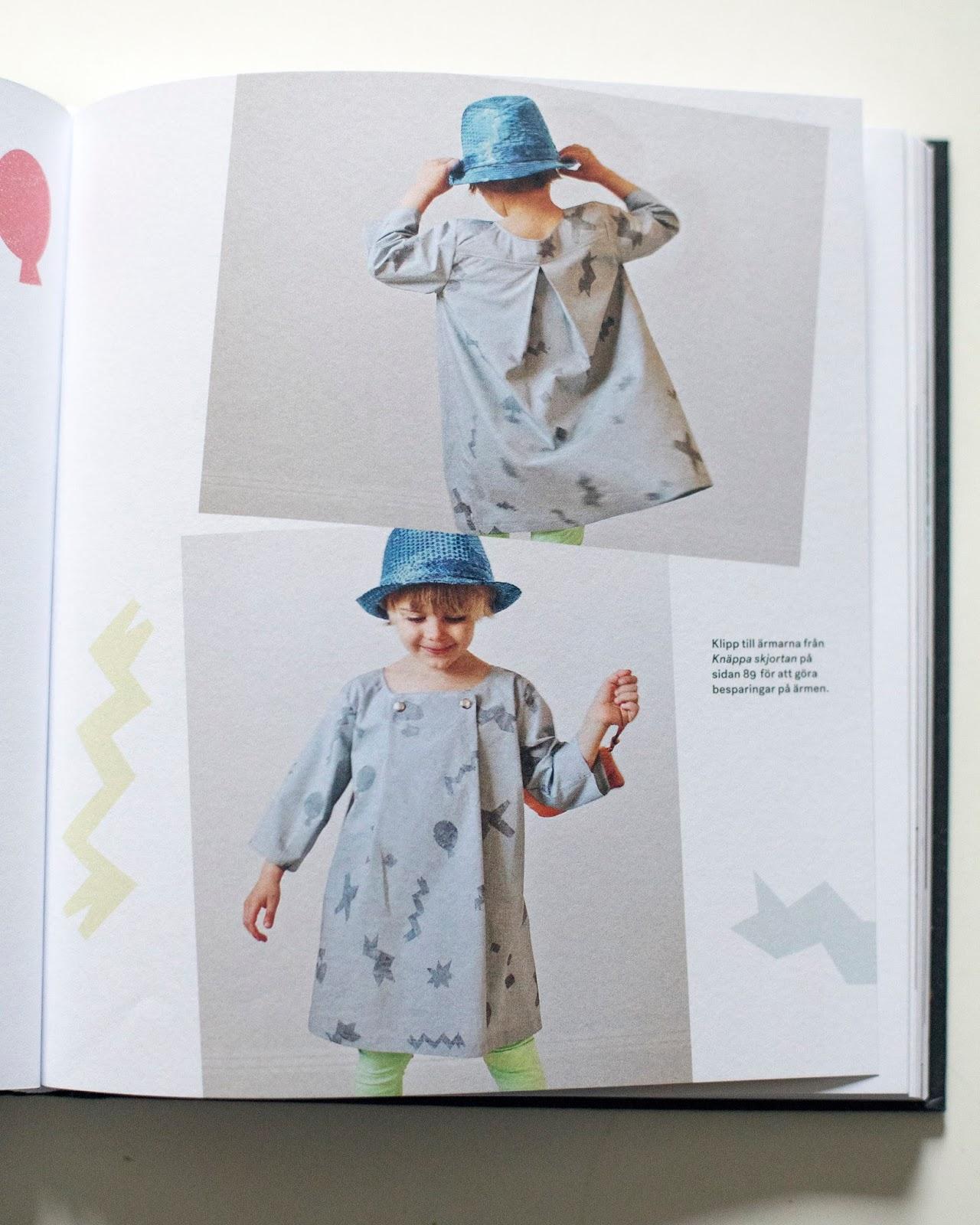 3150f5ca9c9a Något jag uppskattar är att det är kläder som är bekväma. Även de klänningar  och skjortor som finns i boken ser bekväma ut. Jag får rysningar när barn  är ...