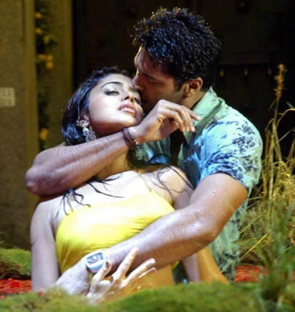 Hot Naked Girls Sexy Indian Actress Boob Press Bollywood -9695
