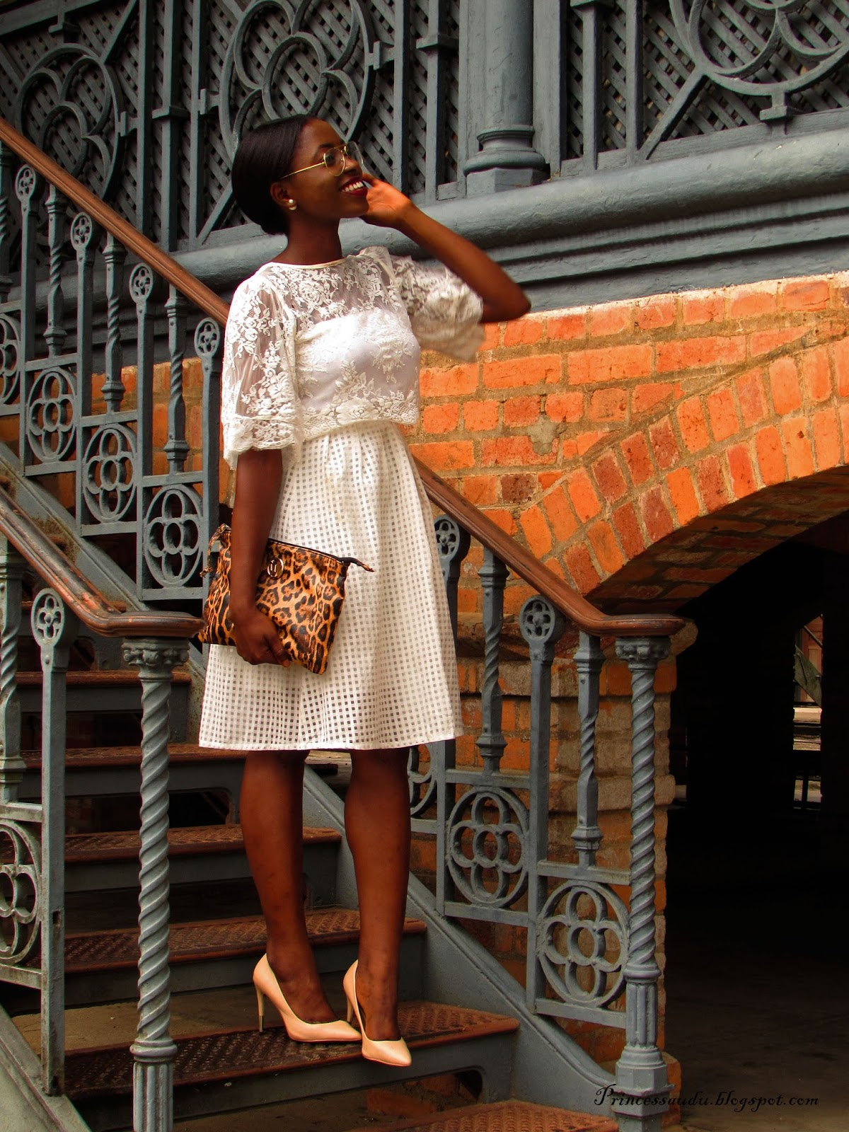 Lace, white on white, trend, midi skirt, sheer, pumps, lace crop top