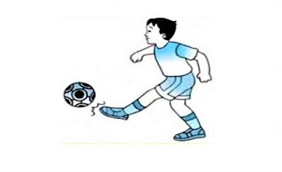 Menendang bola futsal dengan ujung kaki
