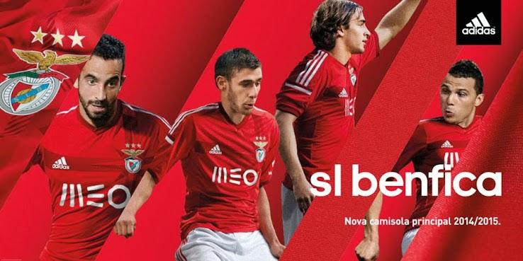 El nuevo Benfica 2014-15 Home Jersey cuenta con dos tonos de rojo y una  brújula de diseño único en el frente de la camisetas de futbol baratas  tailandia ... a07650aef35ee