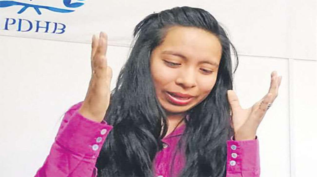 La escritora y periodista Lirio Fuertes narra el ataque sufrido en la ciudad de El Alto / EL DEBER