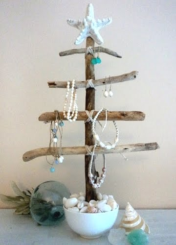 diy jewelry organizer with driftwood