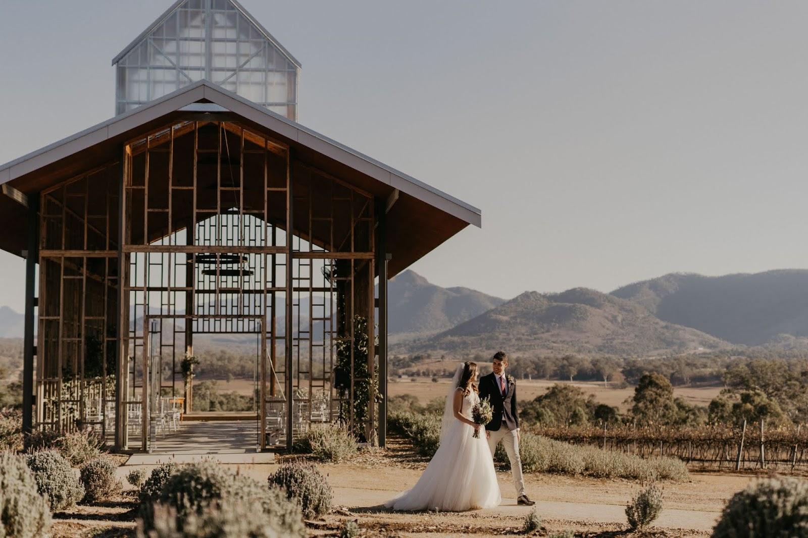 wander and follow images wedding venues brisbane gold coast open air chapel