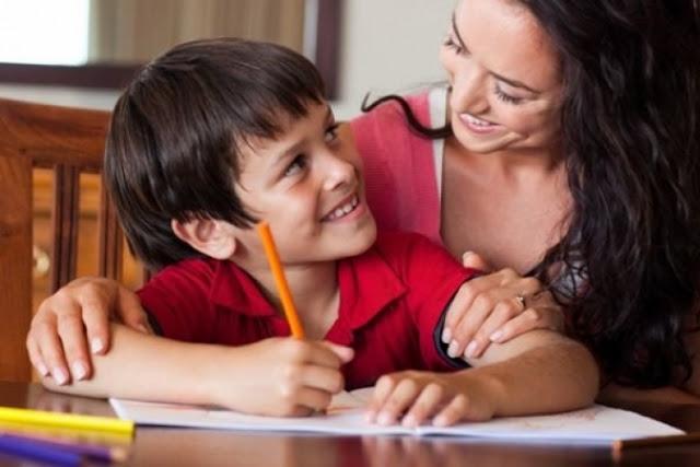 طريقة مميزة لإقناع طفلك بأداء واجباته المدرسية